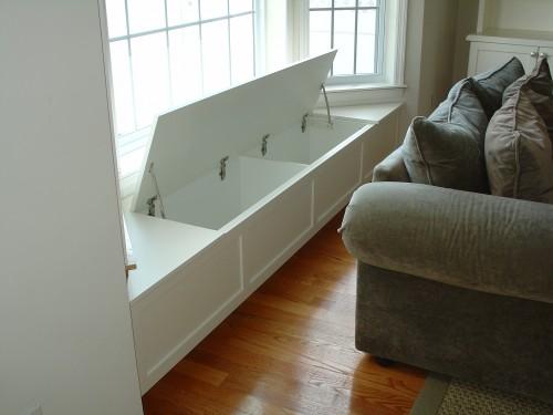 Подоконная скамья в гостинной, на кухне, в столовой, в детской