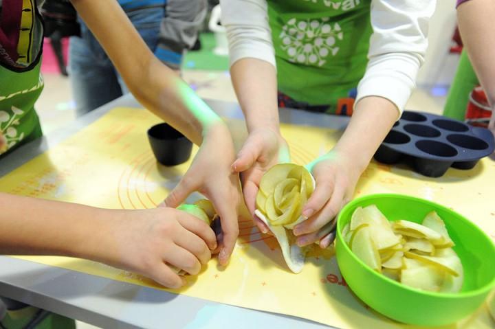 411 Учим детей готовить