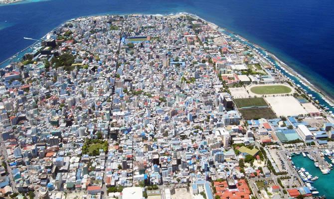 Мальдивы уходят под воду, Интересные факты о Странах Мира