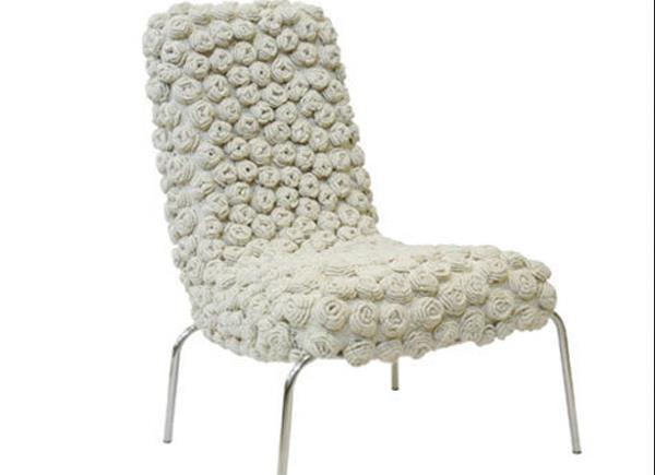 Вязаный стул от  Eulália de Souza Anselmo