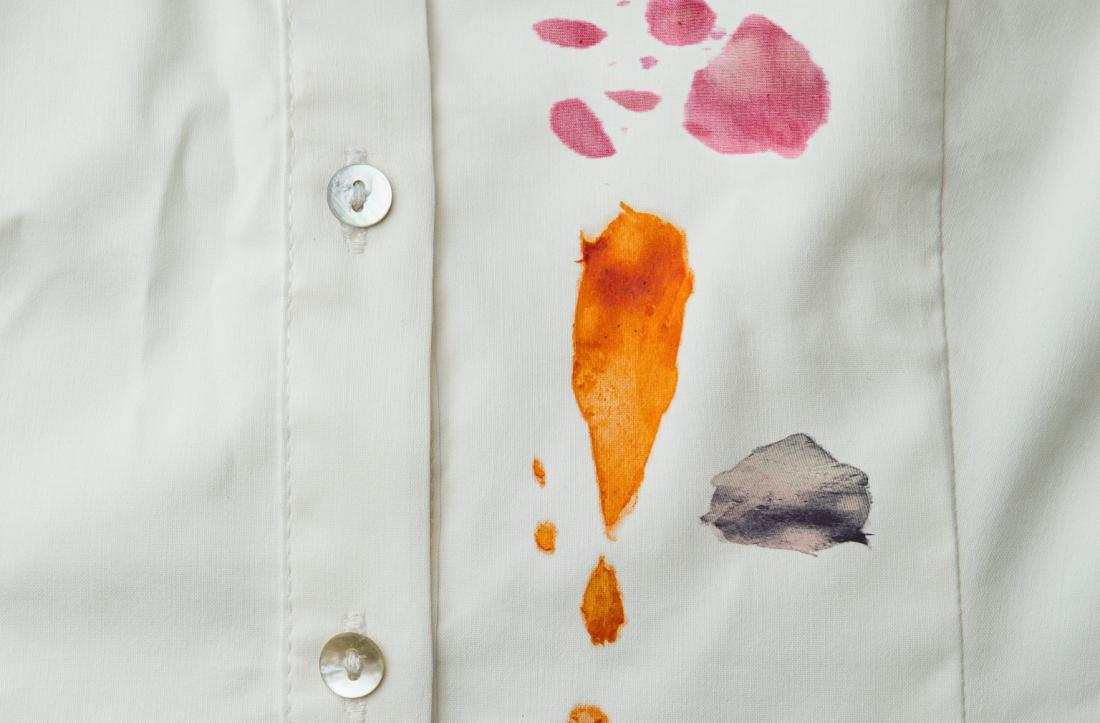Как вывести пятно от краски на белом фото