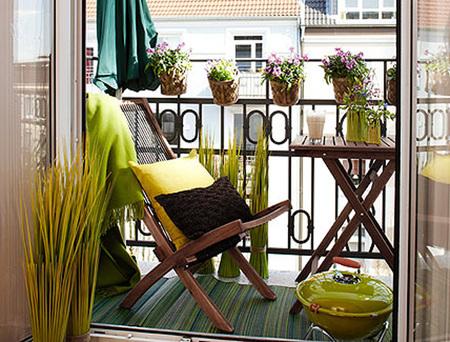 16 очаровательных сезонных идей для сада на балконе фото 11
