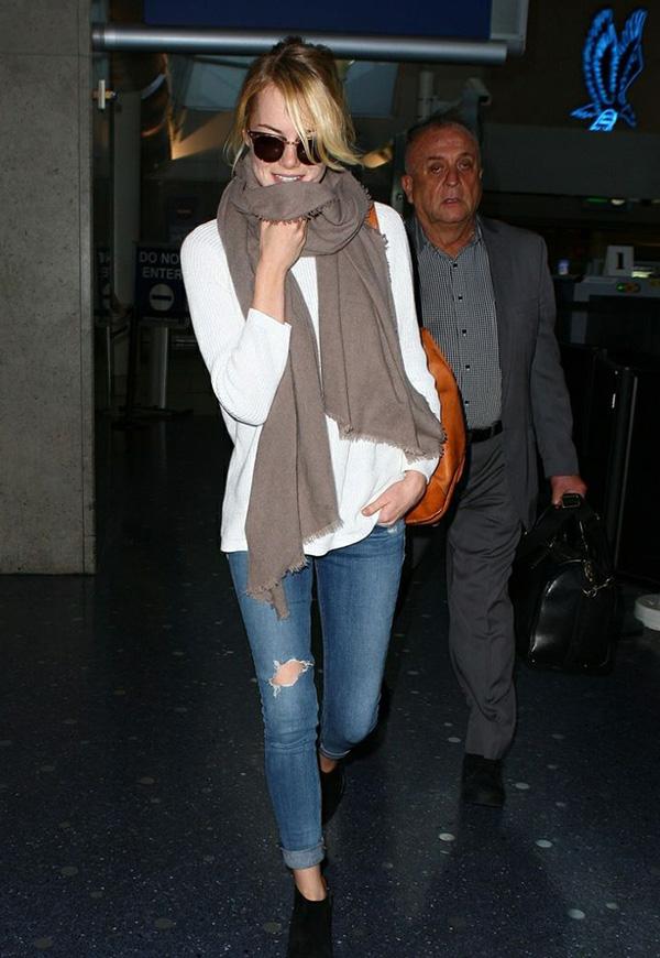 шарф, звезда, стиль звезд, как носить шарф, звездный стиль, образ звезд, одеться как звезда, street style шарф