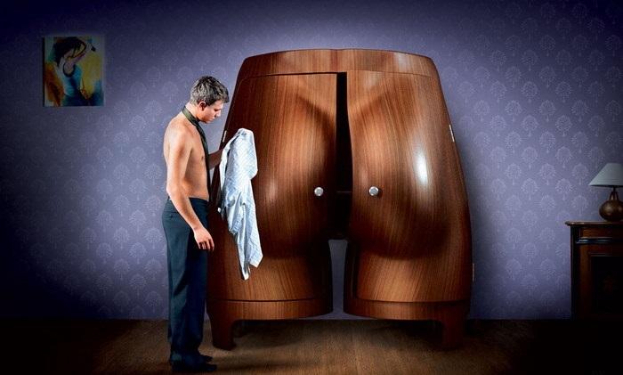 Такой шкаф не останется без пристального внимания.