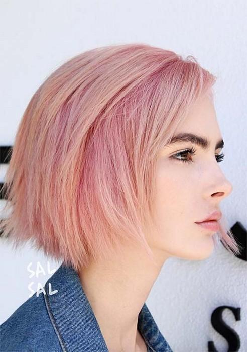 Розовые волосы + каре = любовь.