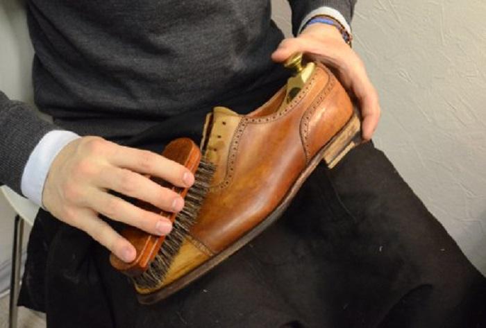 Щеточка для обуви. | Фото: hntr.ru