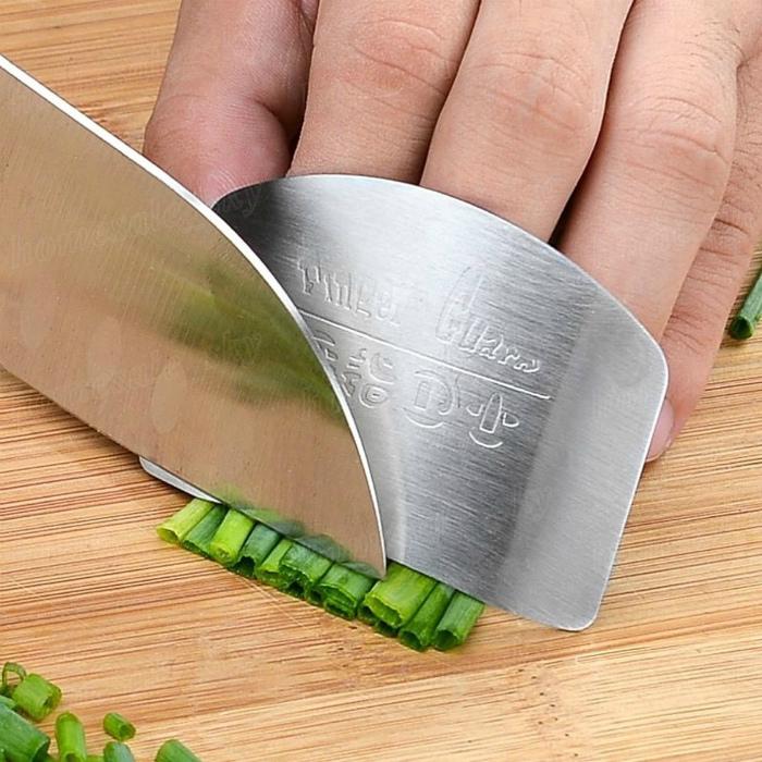 Пластина для защиты пальцев. | Фото: Bol.com.