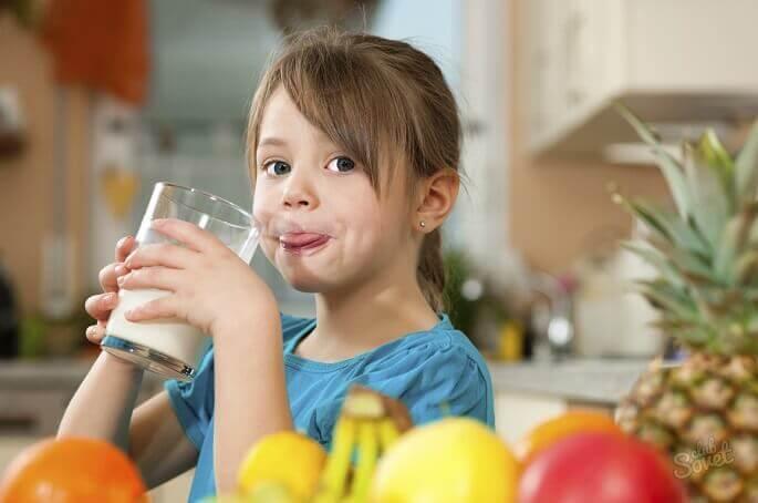С помощью простых и действенных способов можно вылечить кашель у ребенка
