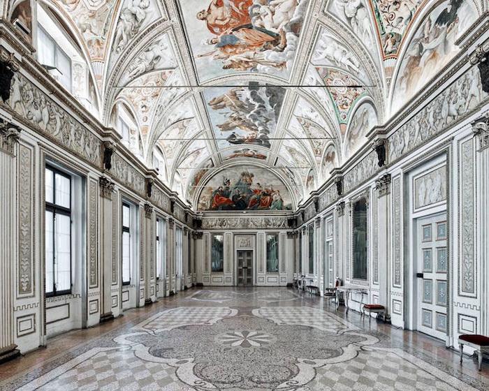 Зеркальная комната, Герцогский дворец в Мантуе, Италия, 2016. Фотоцикл от Давида Бардни (David Burdeny)