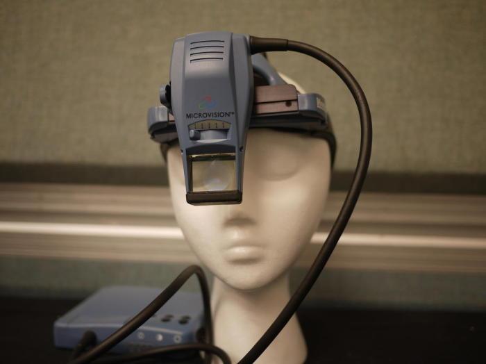 Так выглядели очки виртуальной реальности 45 лет назад.