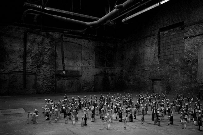 Инсталляции художницы Николы Йеомен