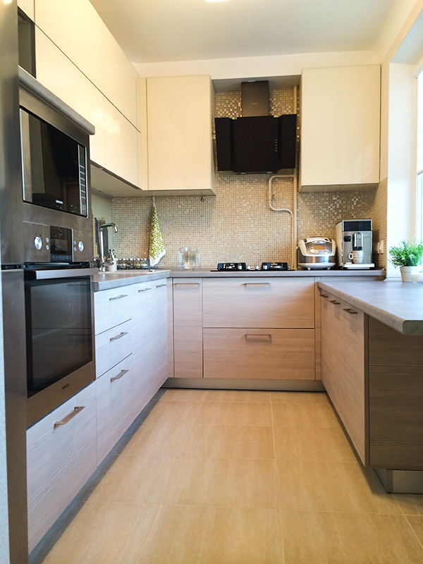 фото кухня в бежевых тонах