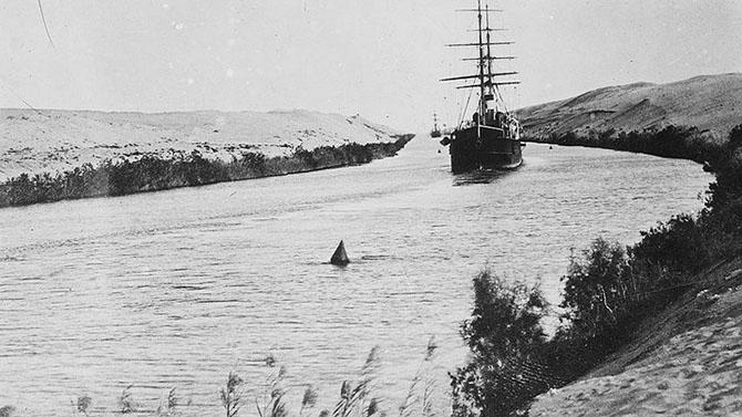 История Cуэцкого канала