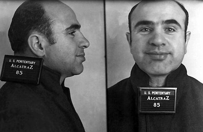Его не могло поймать ФБР, но смогла комиссия по налогам. |Фото: history101.com.