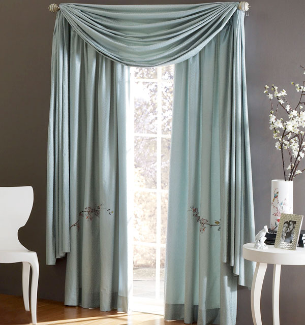 Галерея красивых штор для спальни