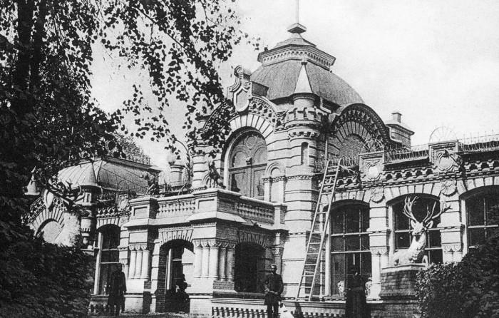 Дворец великого князя в Ташкенте. /Фото: cdni.rbth.com