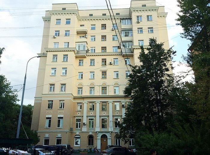 «Дом трех эпох» расположен в Вишняковском переулке, дом 23 (Москва). | Фото: progulkipomoskve.ru.