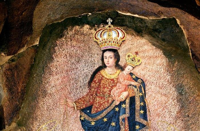 Чудотворная наскальная икона (Собор Лас-Лахас, Колумбия).