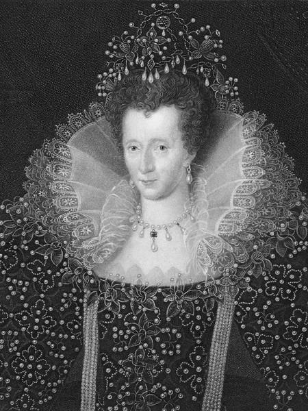 Елизавета I в жемчужном платье.
