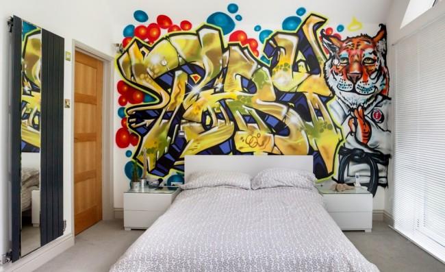 Акцентная стена с использованием граффити