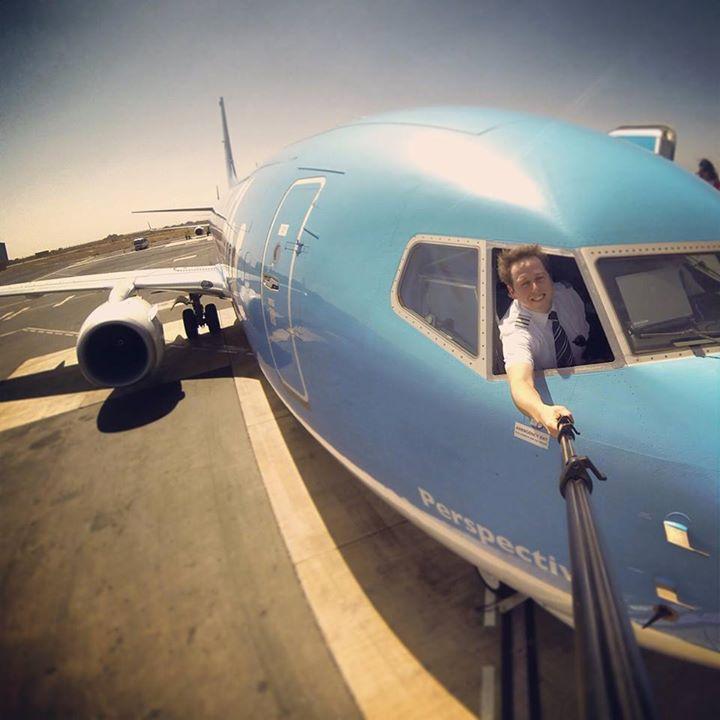 Aaand+the+original+ d2433fd47992cdf010c86e3cf71cc105 Люси в небе с алмазами: селфи пилотов самолетов