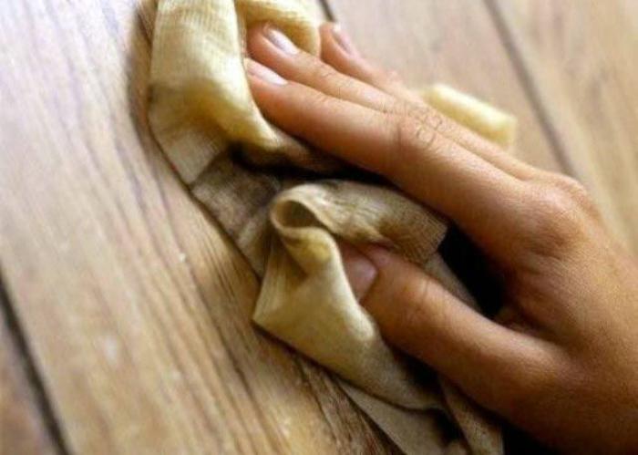 Чай для мытья деревянных поверхностей.
