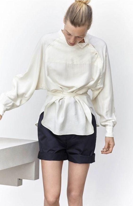 Модные блузки и кофты купить