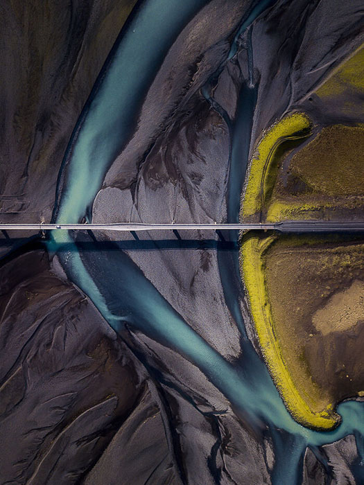 Исландия, кольцевой мост через Скейдарарсандур на юго-востоке, к югу от ледника Ватнайёкюдль.