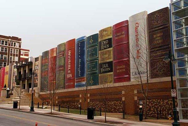 Центральная библиотека в Канзасе (Миссури, США)
