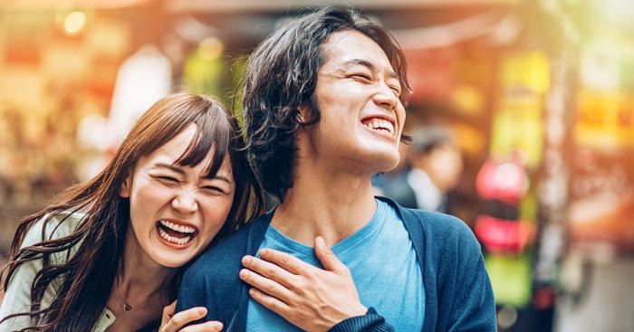 Жители Поднебесной много улыбаются и смеются / Фото: medbroadcast.com