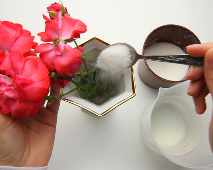 Salvați florile cu zahăr.  / Foto: wikihow.com