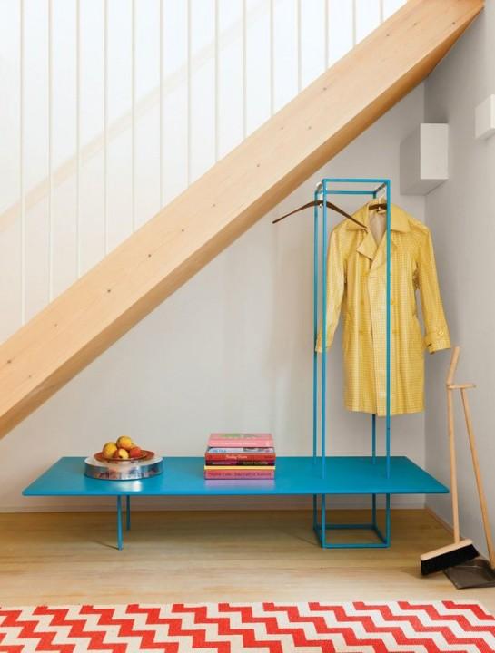 Вешалка под лестницей