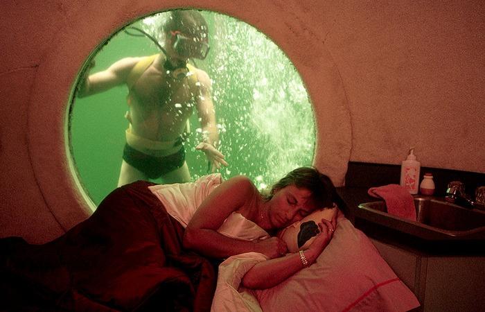 Единственный подводный отель в мире.