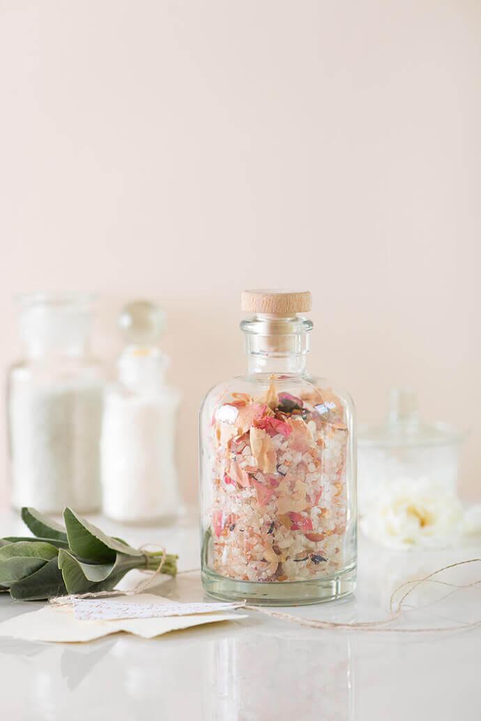 Ванна с содой и солью