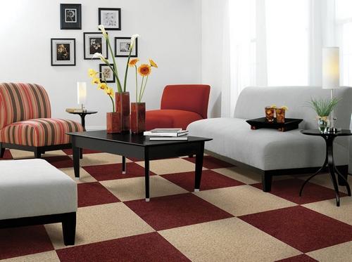 Укладка ковровой плитки шахматным способом