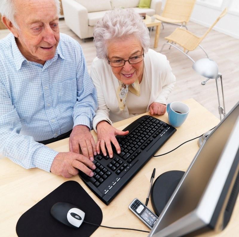 Удаленная работа на дому в москве вакансии пенсионерам омикрон тета freelancer