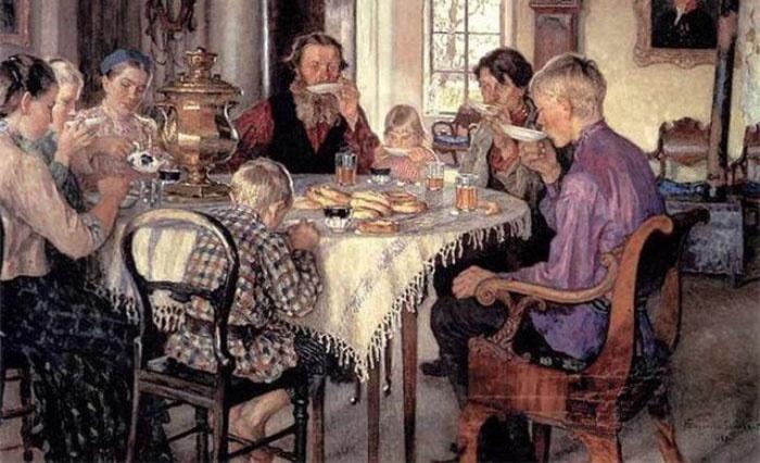 Русская традиция совместного чаепития