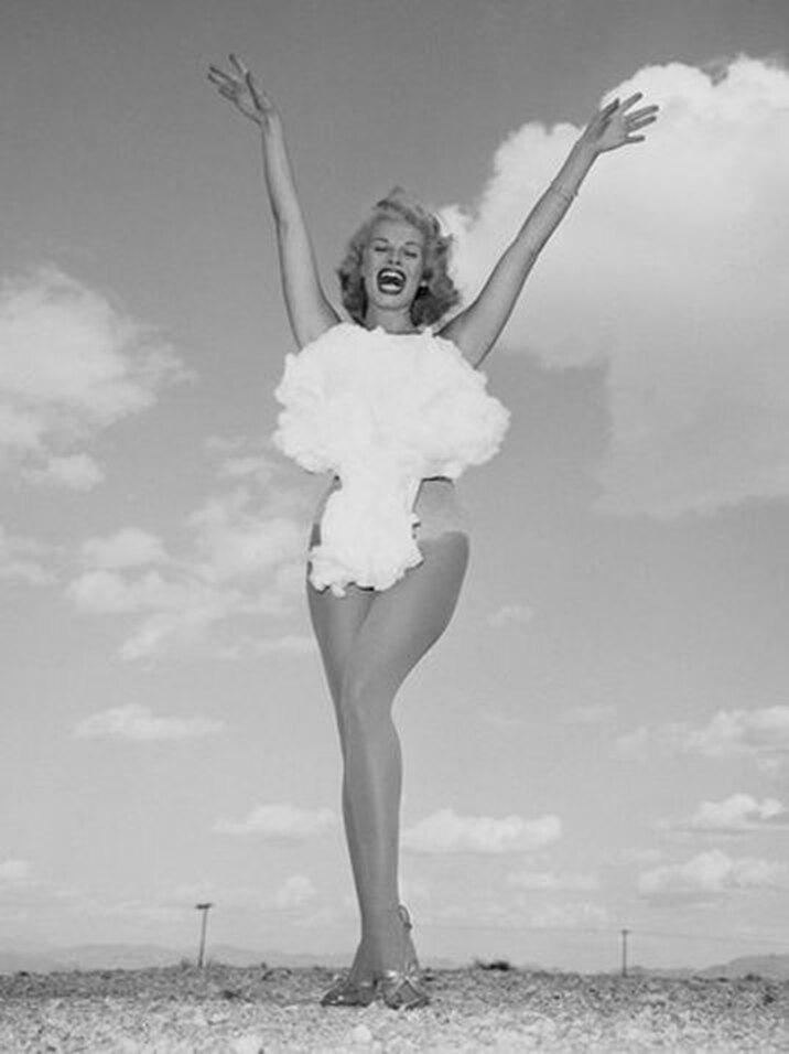 «Мисс атомная бомба», 1957 год