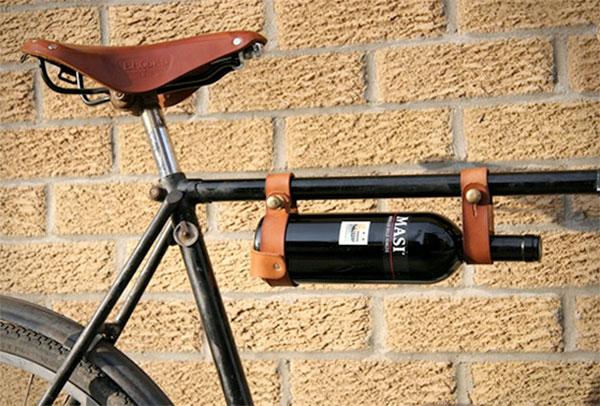 Держатель для бутылок на велосипеде