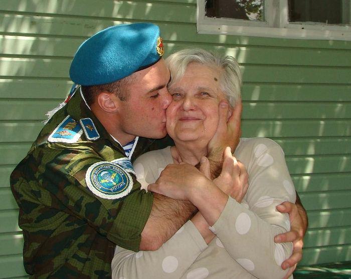 Все дети называют Татьяну мамой. Фото: crimea.kp.ru