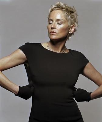 Фото стрижек женщин 40 лет на среднюю длину волос