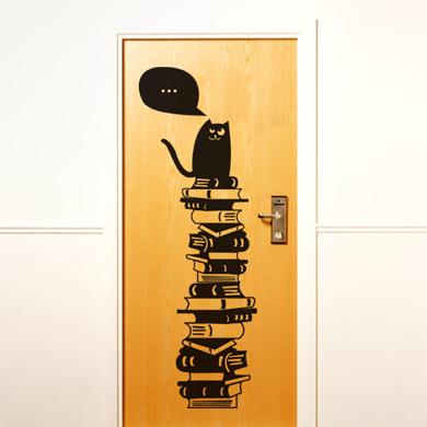 Кошки на стенах (9 фото)