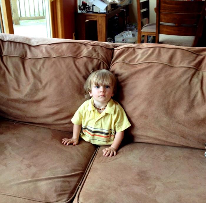 Зыбучий диван.