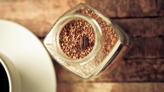 Миф 5: Достоинство растворимого кофе в удобстве его приготовления / Фото: fonstola.ru