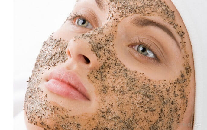 Регулярно наносите на кожу скрабы