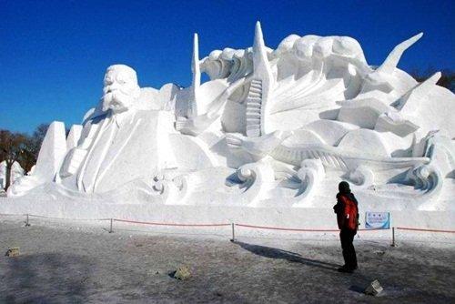 Потрясающие снежные скульптуры (25 фото)