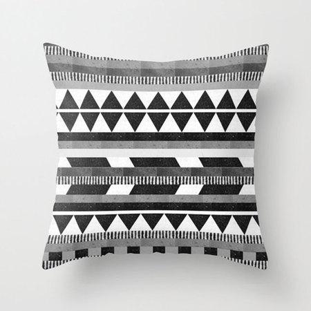Время расслабиться в мягком кресле: парад уютных подушек фото 15