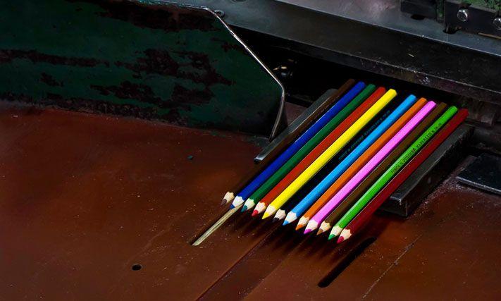 Как делают карандаши из сибирского кедра карандаш, кедр, как это сделано