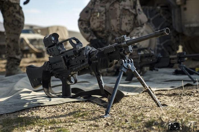 Ручной пулемет MG4