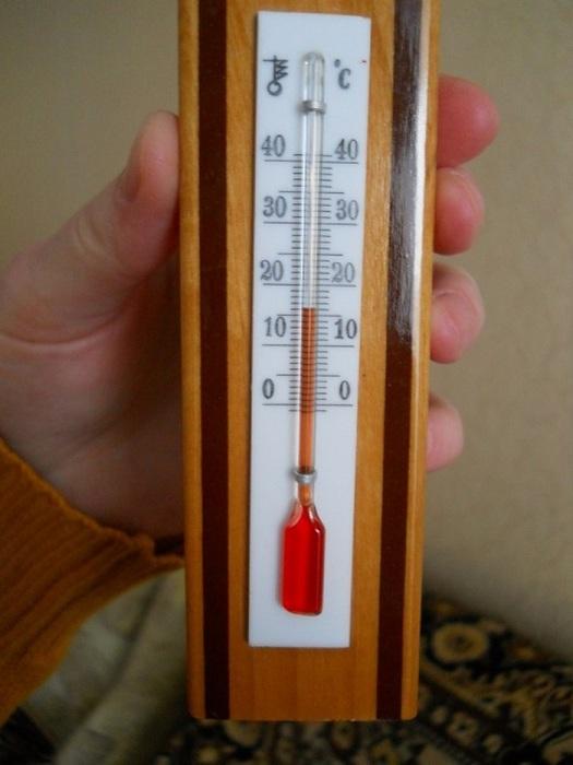 Проверьте насколько тепло в квартире. / Фото: Tver.kp.ru